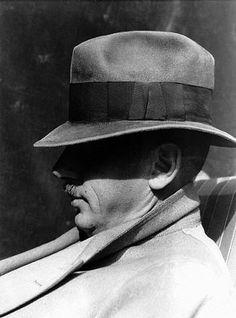 Kem Weber, late 1920's, Imogen Cunningham- photographer