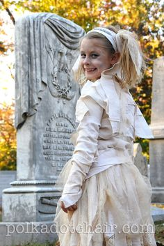 This little girl wanted to be a mummy princess! I love the skirt in the tutorial.  What's better than spooky costumes at Halloween?