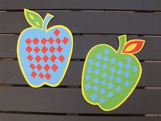 6 Apple Crafts for Kids to Create This Fall: Woven Paper Apples