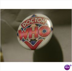 DR WHO TV RETRO 25MM PIN BADGE on eBid United Kingdom