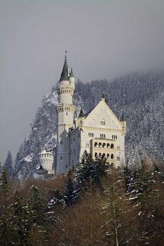 Neuschwanstein Castle, Schwangau, Germany (German Alps)