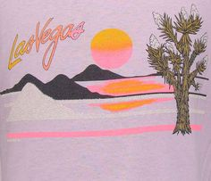 Vintage Las Vegas t shirt L by retropopmanila on Etsy Retro Outfits, Vintage Outfits, Vintage Tees, Vintage Graphic Tees, Retro Vintage, Las Vegas, Painted Denim Jacket, Surf Art, Tee Design