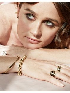Robin Tunney for FoundRae wallpaper in The Robin Tunney Club Robin Tunney, Beautiful People, Beautiful Women, Simon Baker, Robin Wright, Portraits, Stana Katic, Face Claims, Movie Stars