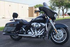2010 Harley Davidson Street Glide, Price:$14,250. Cedart Rapids, Iowa #harleydavidsons #harleys #streetglide #motorcycles #hd4sale