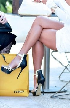 ✿Stilettos~Pumps~Heels✿⊱╮ ****Fendi**** Look at those LeGs! Hot Heels, Sexy Heels, Black Heels, Classy Heels, Cute Shoes, Me Too Shoes, Fab Shoes, Awesome Shoes, Pretty Shoes