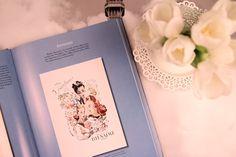 Recenzja książki o perfumach Classic Perfume Advertising 1920-1970, Jacqueline Johnson