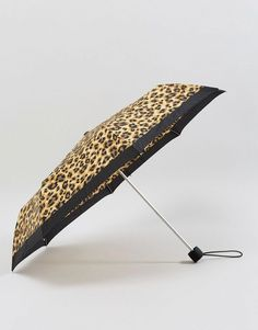 Shop the latest Fulton Minilite 2 Painted Leopard Umbrella trends with ASOS! Her Majesty The Queen, Heritage Brands, Rain Wear, Fulton, Asos, Brown, Fashion Design, Rains Clothing, Brown Colors