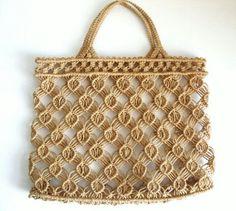 Preciosa bolsa  sencilla de realizar