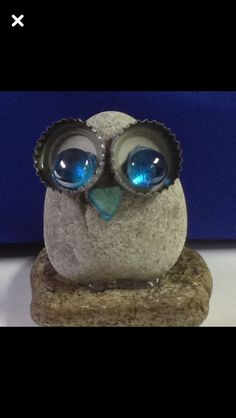✓ Best Painted Rocks Ideas, Weapon to Wreck Your Boring Time [Images] - Painted rock owl - Pebble Painting, Pebble Art, Stone Painting, Diy Painting, Stone Crafts, Rock Crafts, Crafts To Make, Arts And Crafts, Owl Rocks