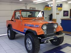 1982 Jeep Scrambler presented as lot at Kissimmee, FL 2014 - Jeep Wrangler Grill, Cj Jeep, Jeep Cj7, Jeep Wrangler Unlimited, Jeep Pickup, Jeep Truck, Ford Trucks, Pickup Trucks, Ducati Scrambler