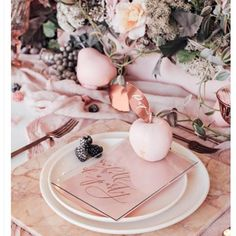 Blush and Copper details. Taking the chicness to the tabletop. #eventplanning #chicholidays #holidaydecor #christmastree #winterholiday2016 #tabletop #blush #holidayparty #copper