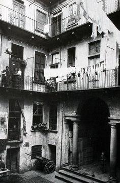 Casa di ringhiera in via San Vito