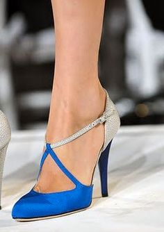 Gorgeous 25 Royal Blue Wedding Shoes For Amazing Bride The choice of varied shoes is essential to provide versatility to your taste in dress. Today, all kinds of wedding shoes can be found in the industry. For example, the bridal shoes need not be just… Pretty Shoes, Beautiful Shoes, Cute Shoes, Me Too Shoes, Beautiful Beautiful, Zapatos Shoes, Shoes Heels, Flat Shoes, Oxford Shoes
