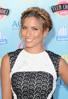 Renee Bargh's Wispy Fishtail Halo
