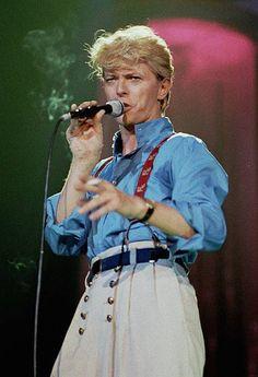 Mick Jagger, Moda Fashion, 70s Fashion, David Bowie Fashion, David Bowie Ziggy, The Thin White Duke, Chiffon, Punk, Ziggy Stardust