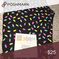 OS Popsicle printed LuLaRoe Leggings BNWT never worn or washed.  These leggings have a black background with pink, blue and yellow mini popsicles printed all over them! They are perfect for summer! ☀️🌴 LuLaRoe Pants Leggings