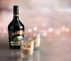 ¡Navidad irresistible! No te pierdas la rediseñada envoltura de la crema irlandesa Baileys: http://www.sal.pr/vinos/navidadcremosaeirresistible.html