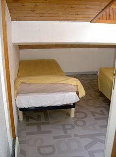 Petite chambre 2 petits lits