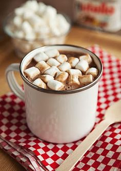 Nutella hot hocolate and marshmallows. 2 cups full cream milk cup nutella cup mini marshmallows milk in a pot. Scalding means heat the milk before boiling point. in nutella. to mugs and top with marshmallows. Nutella Hot Chocolate, Hot Chocolate Recipes, Nutella Drink, Chocolate Pepper, Chocolate Chocolate, Nutella Recipes, Dog Food Recipes, Thm Recipes, Drink Recipes