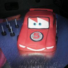 Cupcake Toppers, Cupcake Cakes, Cupcakes, Disney Cars Cake, Edible Gum, Lightning Mcqueen, Gum Paste, Planes, Trains
