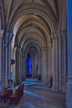 Cathédrale de Senlis, Oise, Picardy, France Wonderful Places, Beautiful Places, Monaco, Oise, Chapelle, Place Of Worship, Architecture, Places To See, Around The Worlds
