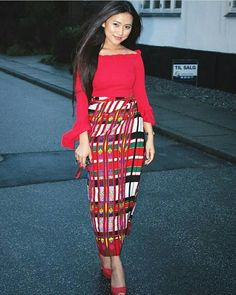 @pardawh  #northeastyle #stayfashionablytraditional #mizopuan India Fashion, Ethnic Fashion, Modern Fashion, Eat Sleep Wear, Sexy Cocktail Dress, Western Outfits, Beautiful Asian Girls, Traditional Dresses, Indian Wear