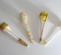 Wir basteln tolle Instrumente aus Löffel, Glöckchen, Eiern und Papprollen