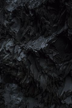 black rocky surface - beautiful images and wallpapers Black Rock, Black Art, Black Backgrounds, Wallpaper Backgrounds, Art Grunge, Art Texture, Black And White Aesthetic, Dark Wallpaper, Textures Patterns