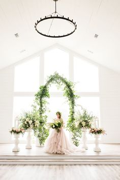 head over heels in love with this wedding ceremony set up