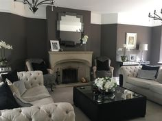 An inspirational image from Farrow and Ball. Relaxing living room in London Clay. London Living Room, Living Room Grey, Home Living Room, Living Room Decor Colors, Living Room Color Schemes, Farrow And Ball Living Room, Country Style Living Room, Family Room Design, Decorating Your Home