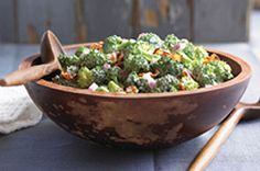 Discover this Tangy Broccoli Salad from Kraft Recipes thats sure to please everyone. The zip in Tangy Broccoli Salad comes from a sweet and sour dressing. Kraft Foods, Kraft Recipes, Ww Recipes, Salad Recipes, Cooking Recipes, Healthy Recipes, Dinner Recipes, What's Cooking, Raw Food Recipes