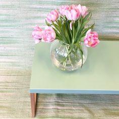 Vårkänslor! En av vårens färger på Habitat är denna härligt mintgröna färg. Kilo soffbord 84x42x35cm 690kr. Fomoaki matta 120x180cm 589kr. Finns i Skrapan & Täby C. #habitatsverige #nyhetpåhabitat #mintgreen
