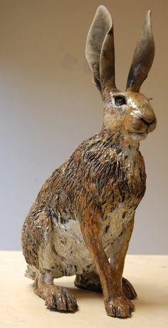 I adore all of Nick Mackman's sculptures but would be happy to own one of her hares <3