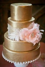 Glamorous #gold #wedding  #cakes www.finditforweddings.com