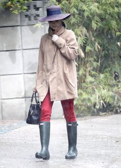 Katy Perry Likes her Hunter Original Wellies Rain Boots