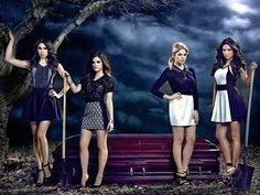 I got: Pretty Little Liars! What Iconic Group Of Friends Are You And Your Buds?