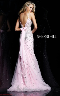 Sherri Hill love the back of this the bow!