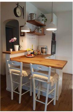 Lights over bar stool area – Top Trend – Decor – Life Style Home Decor Kitchen, Country Kitchen, Kitchen Interior, New Kitchen, Home Kitchens, Kitchen Dining, Interior Livingroom, Küchen Design, House Design