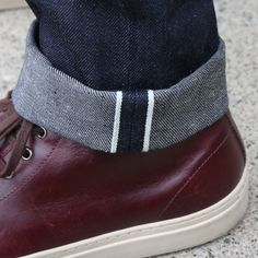 That's how you pair some incredible #selvedgedenim with a great pair of sneakers.