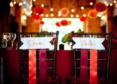 Carteles para las sillas de vuestra boda www.webnovias.com/blog