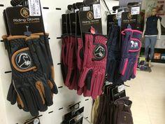#guantes para el #jinete y #amazona. Tienda online de #hipica www.theanimallshop.com