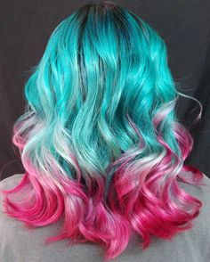 #haircolor #haircolorist #cabelocolorido #turquesa #verdemarine #hairstyle #mermaidhair #pinkhair #turquoisehair #turquoiseandpink #turquoise #pink #beautyhair #alternativestyle #colors #girlshair #alternativegirl #waveshair