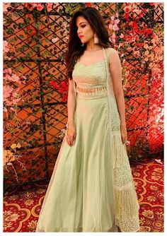 Gown Party Wear, Party Wear Indian Dresses, Indian Fashion Dresses, Indian Bridal Outfits, Indian Gowns Dresses, Party Wear Lehenga, Dress Indian Style, Indian Designer Outfits, Indian Wedding Gowns