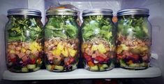Feast your eyes on these healthy & vibrant 7 layer salad recipes. Each bite will give you a burst of flavors from fresh veggies, simple dressings and more. Healthy Salads, Healthy Dinner Recipes, Healthy Lunches, Manger Healthy, Lunch Saludable, Mason Jars, Fertility Foods, Salad In A Jar, Lunch To Go