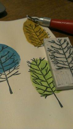 print making printmaking Block Prints Using Simple Blocks To Create Amazing Designs Stamp Printing, Screen Printing, Stamp Carving, Arts And Crafts, Paper Crafts, Handmade Stamps, Fabric Stamping, Linoprint, Linocut Prints