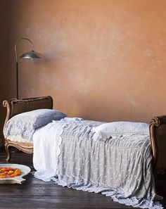 Old Walls, Or Made to Look That Way | Nomadic Decorator