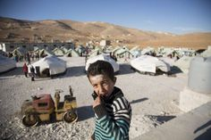 UNHCR - UNHCR urges countries to offer admission to 100,000 Syrians from next year