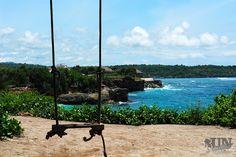 Nur eine 30-minütige Bootsfahrt liegt zwischen Bali und Nusa Lembongan. Diese kleine bezaubernde Insel wurde zu einem meiner Lieblingsorte auf der Welt. Manche Menschen sind der Meinung, dass 3 Tage dort vollkommen ausreichen würden. Dem muss ich widersprechen! Nur bei einem längeren Aufenthalt k