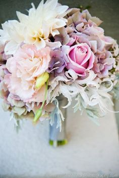 Beautiful, romantic bride bouquet #wedding #bacheloretteandbride