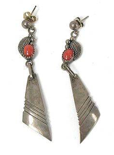 sterling silver and coral dangle post earrings E548 Vintage Earrings, Vintage Jewelry, Native American Earrings, American Indian Jewelry, Coral Jewelry, Dangles, Jewelry Making, Pure Products, Drop Earrings